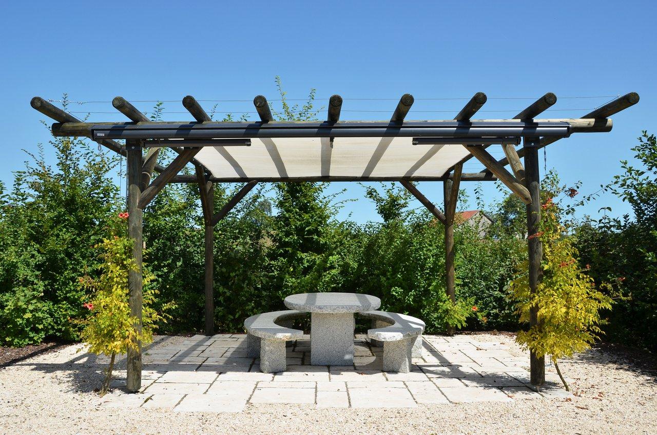 Die Pergola aus Holz - grüne Räume im Außenbereich - AS ...